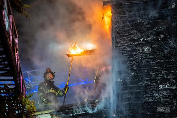 Newark, NJ 2nd alarm 96 Sussex St. dwelling fire