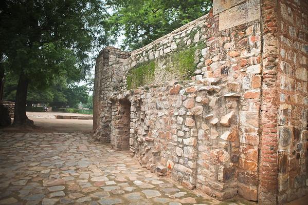 Qutb Minar - Delhi, India - 7/30/2011