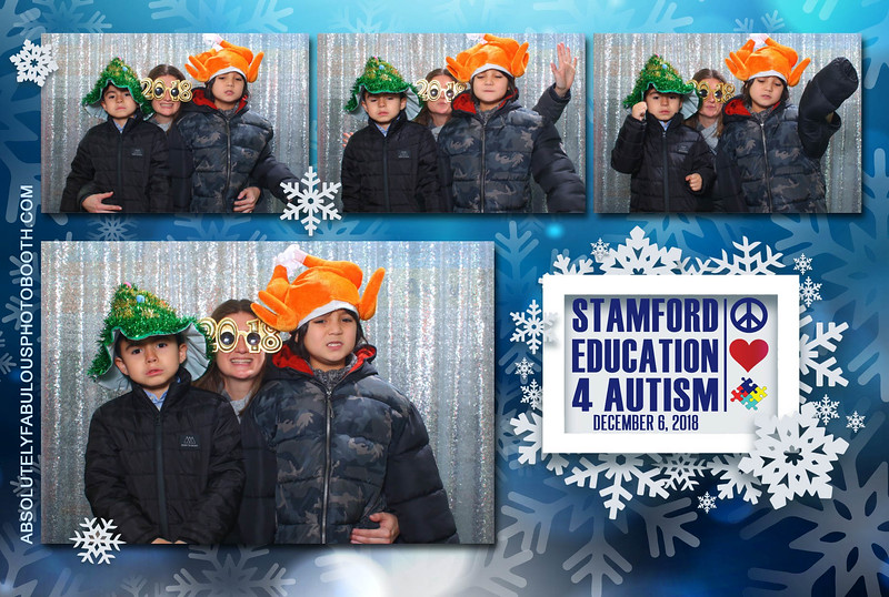 Absolutely Fabulous Photo Booth - (203) 912-5230 -181206_122804.jpg