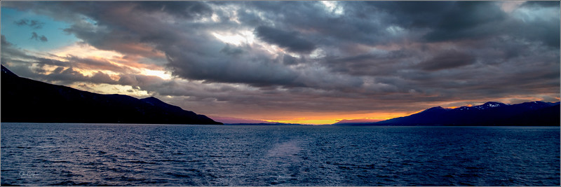 JZ7_0352 Sunrise beagle Channel pano LPr1W.jpg