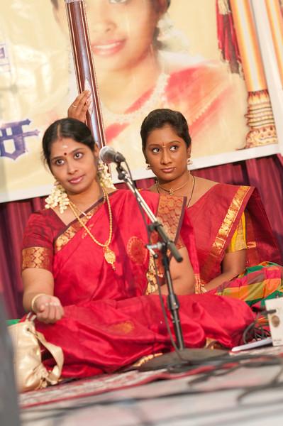 Dr. Nithyashree Music Concert - Iyappan Temple - Day1