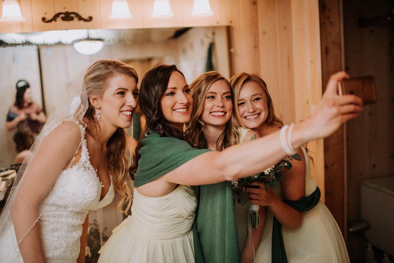 Seattle Wedding Photographer-655.jpg