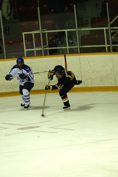 20040303 QMHockey at Tor 137.jpg