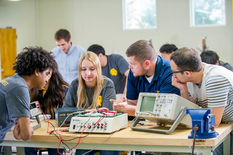 17339-Electrical Engineering-8237.jpg