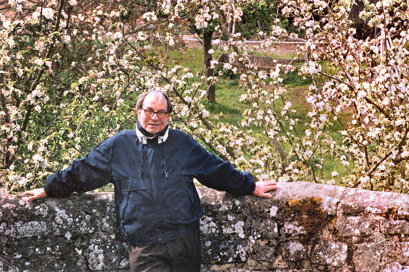 Avranches 2002 - Jardin des Plantes - Dad in the Apple Blossoms