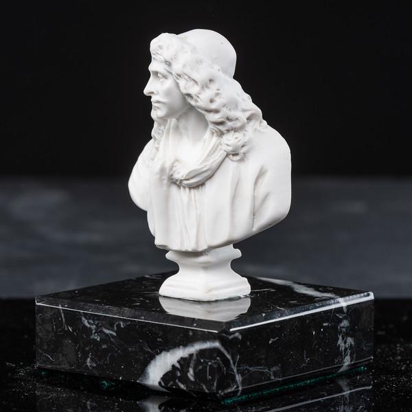 Statue-8-516.jpg
