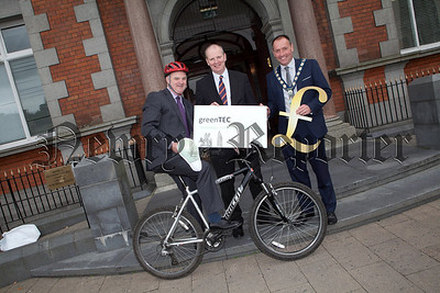 Director of Environment John Farrell, Brian Doran Director of SRC and Mayor Mickey Ruane are pictured at the launch of Sustainable Living Week which runs acrosss Newry City from 15-21 October. R1339025