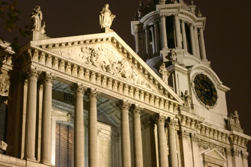 stpauls-cathedral-2_2077380447_o.jpg