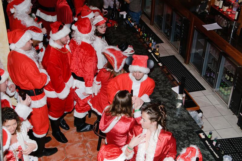 2009 ALS Santa Crawl-43.jpg