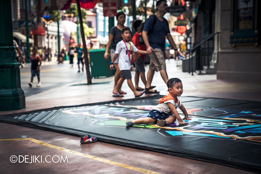 Universal Studios Singapore - Park Update September 2016 / Abandoned kid