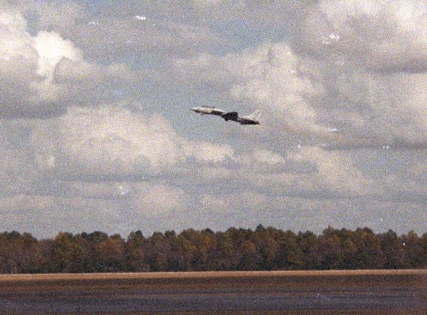 1991 10 26 - Robins AFB, GA Airshow 08.jpg