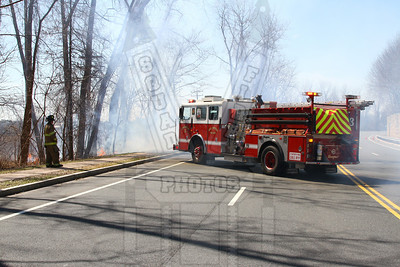 East Hartford, Ct Brush fire 4/10/14