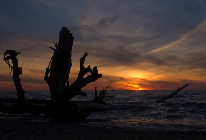 Sunset on Lake Erie in Vermilion Ohio.