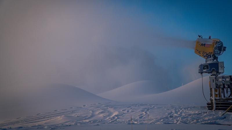 Snowmaking 1920-04740.jpg