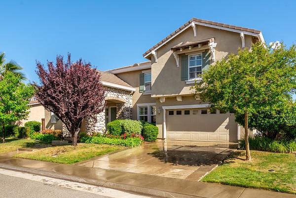 1305 Earlham Ln, Lincoln, CA