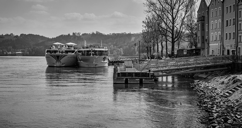 cruisers_docked_bwcrop (1 of 1).jpg