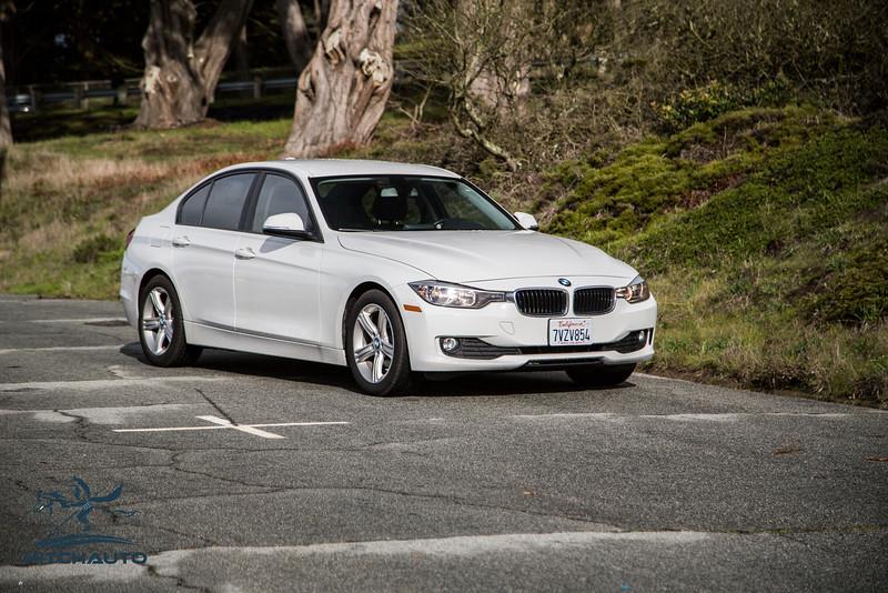 BMW 320i White 7VZV8584_LOGO-18.jpg