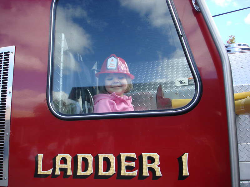 Oct07_playgroundandfirestation023.JPG