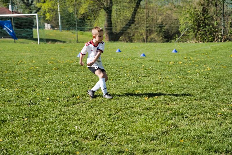 hsv-fussballschule---wochendendcamp-hannm-am-22-und-23042019-u34_32787655767_o.jpg