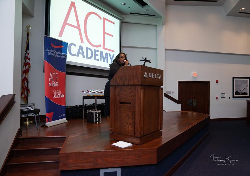 ACE_Graduation2018_sig-3.jpg
