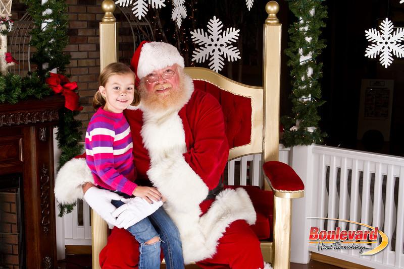 Santa Dec 8-326.jpg
