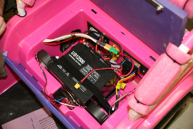 The rear battery compartment, with the Electronic Speed Controls (ESCs) and the cooling fans (salvaged from an old PC server).