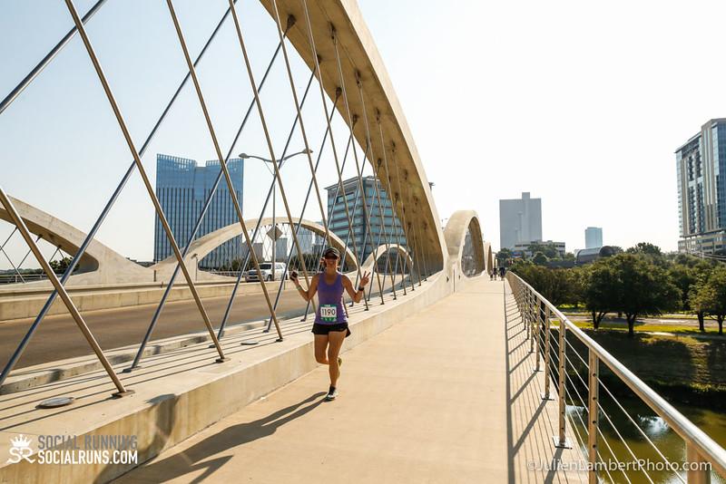 Fort Worth-Social Running_917-0575.jpg