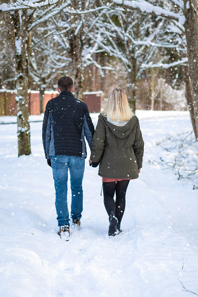 Bria and JD snow day-4.jpg