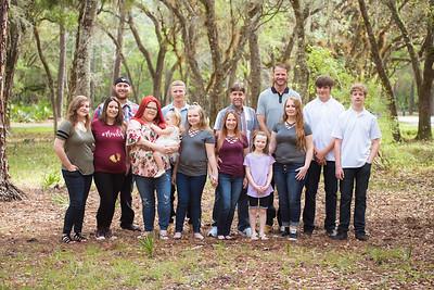 Lettuce Lake Park Large Family Photo Session