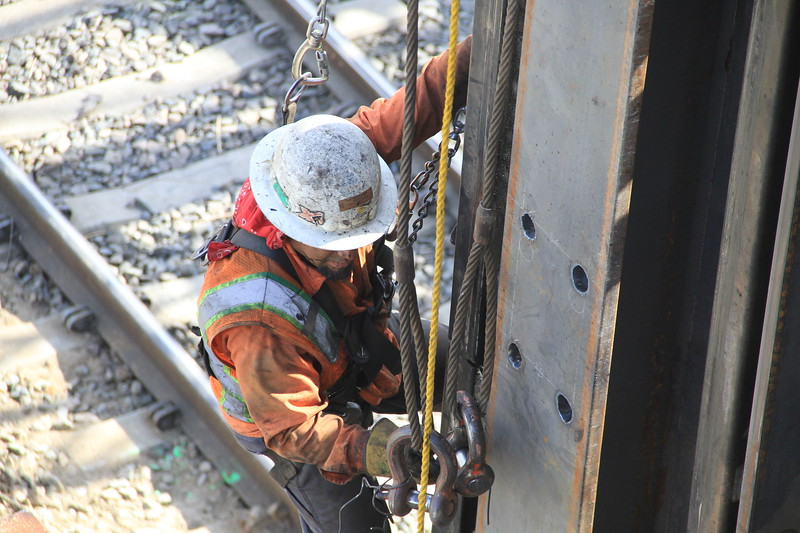 2014-05-17_NorthSpringBridge_Widening_2985.JPG