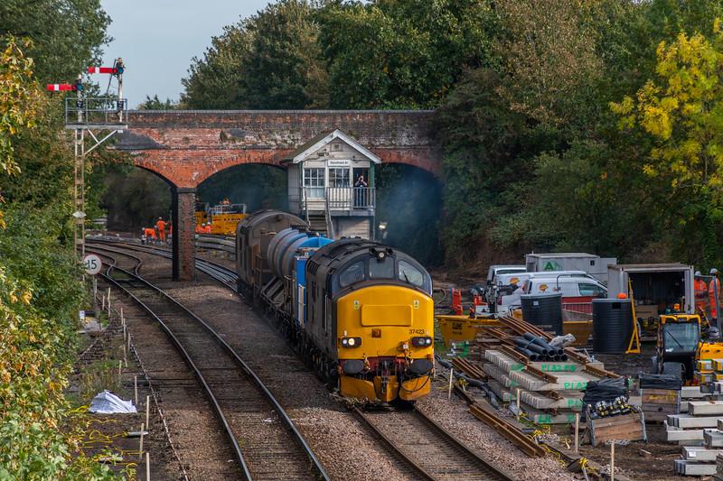 37423+37606 on RHTT train at Reedham Junction