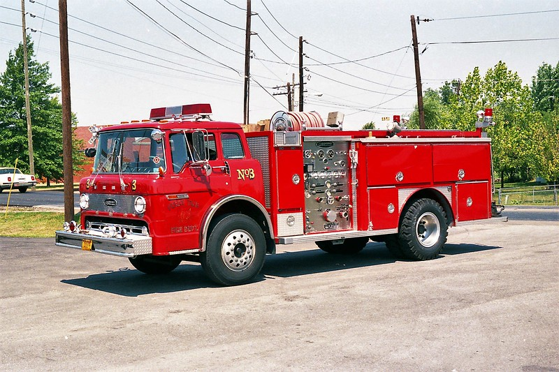 PERRY TOWNSHIP ENGINE 3  FORD C8000 - E-ONE.jpg