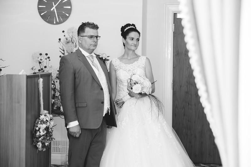 Mr & Mrs Hedges-Gale-69.jpg