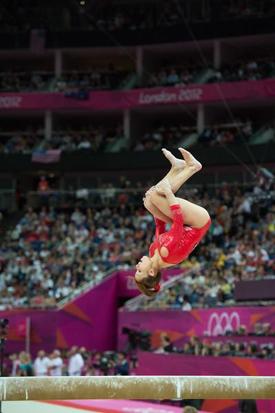 __02.08.2012_London Olympics_Photographer: Christian Valtanen_London_Olympics__02.08.2012__ND43609_final, gymnastics, women_Photo-ChristianValtanen