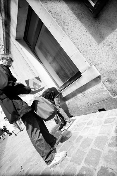 Whats in the Bag? - La Rochelle - Shooting from the Hip
