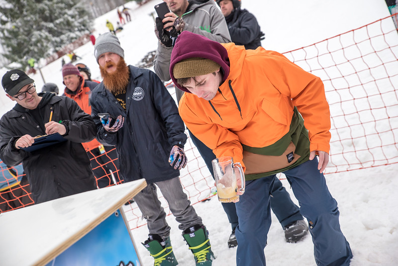 Mid-Season-Party_2017_Snow-Trails-9837.jpg