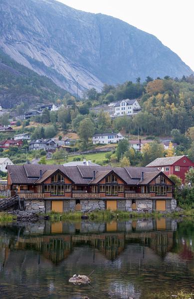 Eidfjord on the river