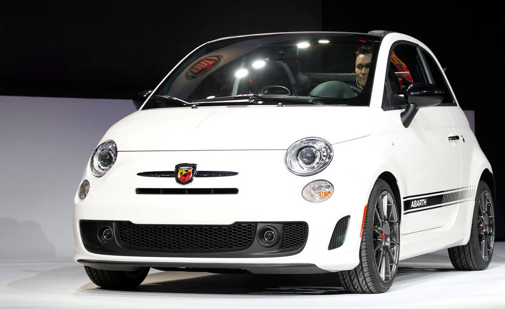 Description of . The 2013 Fiat 500 Abarth Cabrio car is displayed at the 2012 Los Angeles Auto Show in Los Angeles, California November 28, 2012.   REUTERS/Mario Anzuoni