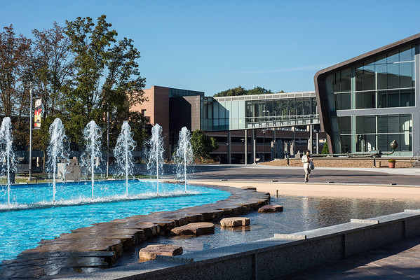 WMU-Fountain Plaza
