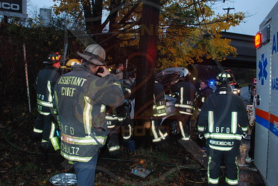 Bethpage F.D. MVA w/ Entrapment Central Ave. and Bethpage Pkwy. 11/14/09