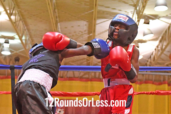 Bout 7 Deshawn Carter, Red Gloves, Bar None, Cleve -vs- Naszier Weeks, Blue Gloves, Dream Team, Akron, 65 Lbs, 8-9 Yrs