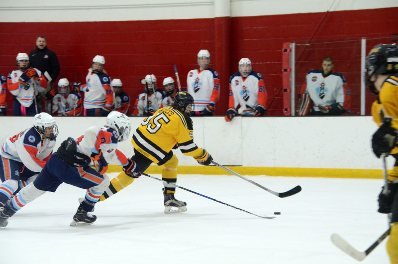 180109 Junior Bruins Hockey-040.JPG