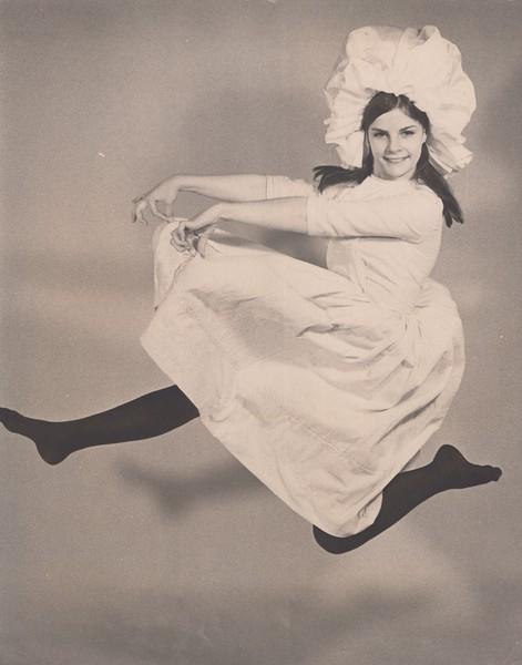 Dance_0881.jpg