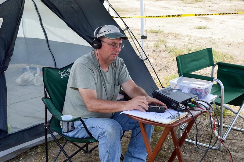 Chuck Vinson, KF6FJU, working 80 meter CW.