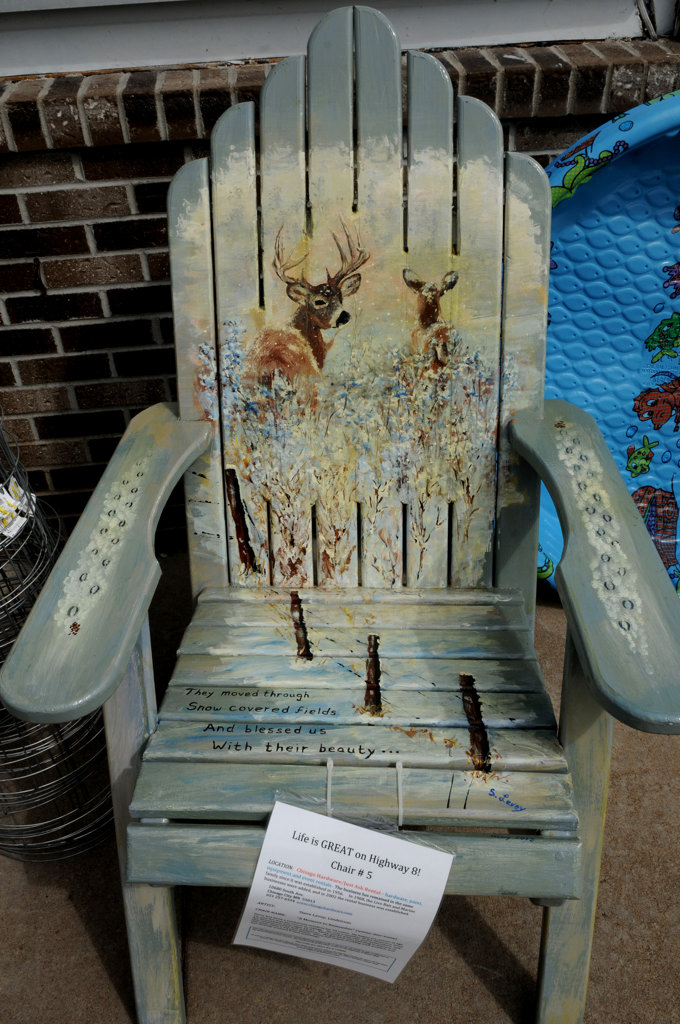 """. A chair titled \""""A Moment to Remember\"""" by Steve Levey is part of the Highway 8 Chairs project. (Pioneer Press: Jean Pieri)"""