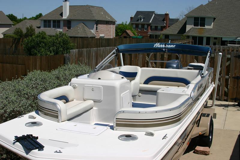 Hurricane Deck Boat 198R