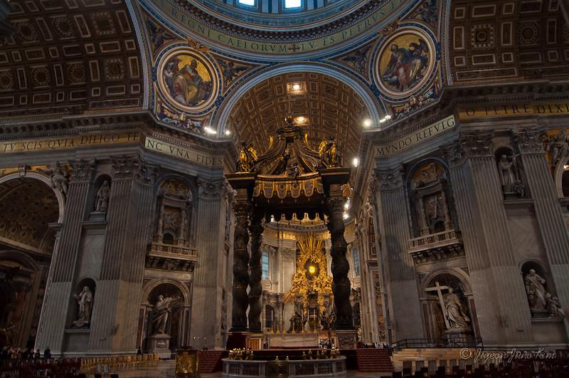 Vatican City St Peter's Basilica (c)Runaway Juno