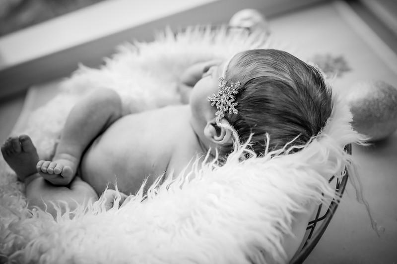 bw_newport_babies_photography_hoboken_at_home_newborn_shoot-5646.jpg