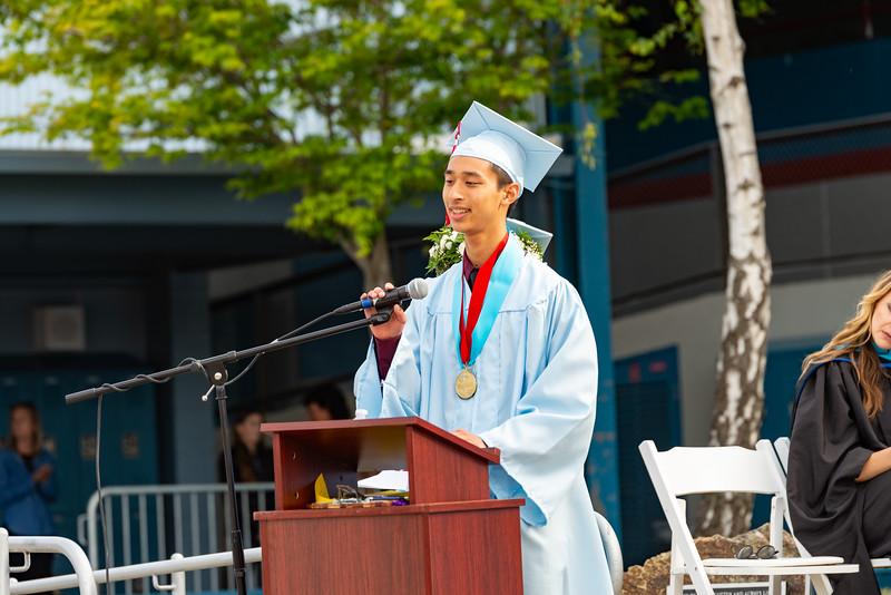 Hillsdale Graduation 2019-10287.jpg