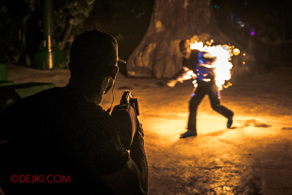 Halloween Horror Nights 7 MasterCard Priceless Experience - Final Flame Burst